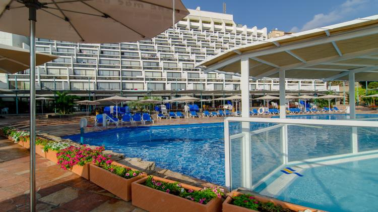 Swimming pool, Club Hotel Tiberias