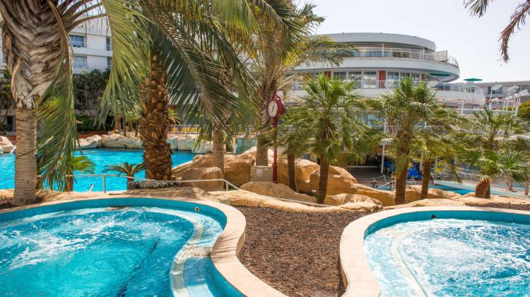 Club hotel eilat suites hotel in eilat for Hotels in jerusalem with swimming pool