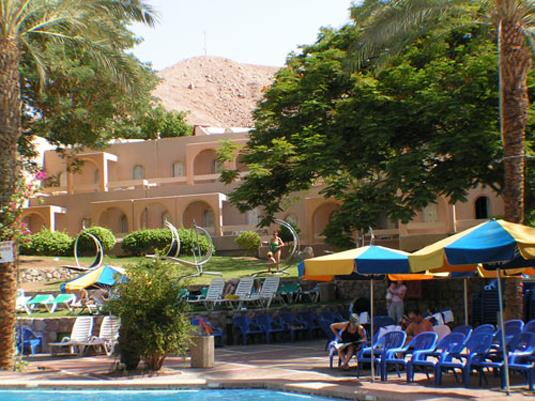 Club Inn Eilat - Swimming Pool - side view